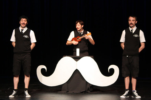 moustachepoesieclubwaawfiche.jpg